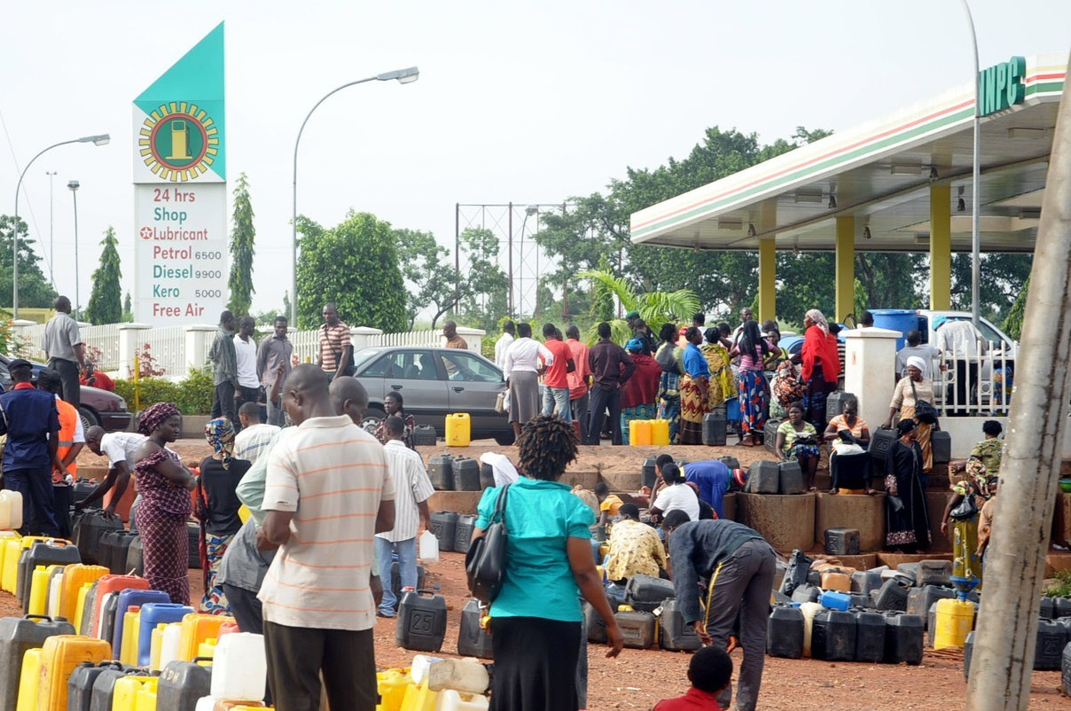 Tanker drivers suspend nationwide strike as FG increases payment to marketers